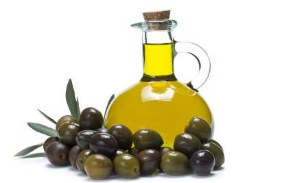 Image of a bottle with olive oil